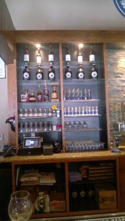 Blue Blood Brewing Company Lincoln Ne Omd 246 Men