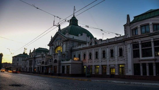 ‪Chernivtsi Train Station‬