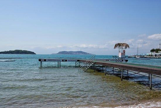 Ada Beach Club: CD5A9928-01~01_large.jpg