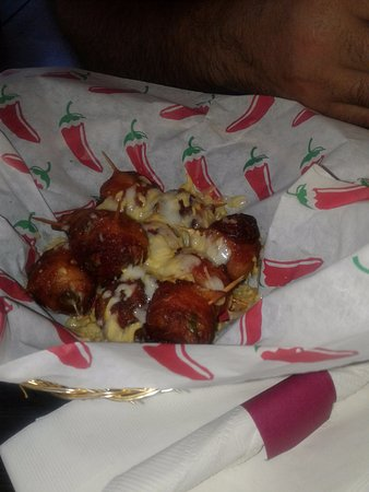Norton, VA: bacon wrapped tater tots with jalepenos stuffed inside and cheese, comes with ranch for dipping.