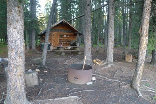Nordegg, Canadá: Guest Cabin with own fire place