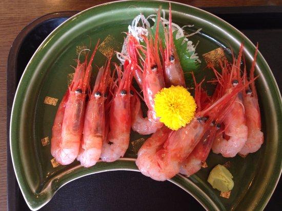 Itoigawa, Japón: 甘えび定食(小鉢、ご飯、あら汁などが付きます)