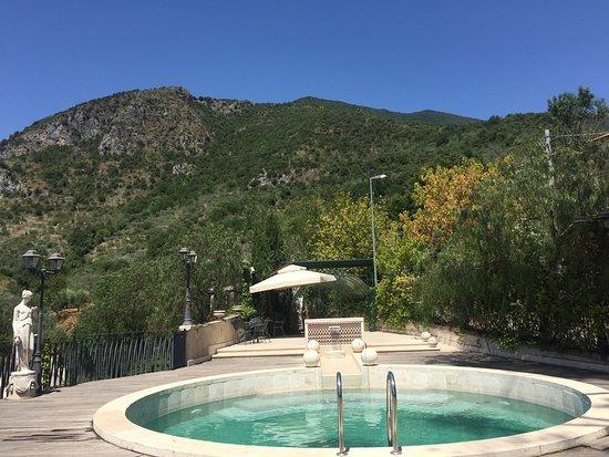 Villa Euchelia Resort: Pool