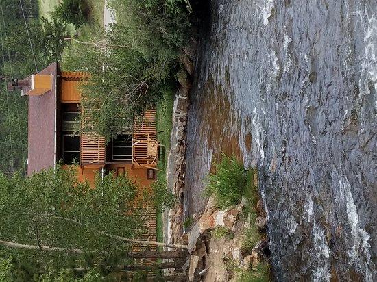 Murphy's River Lodge: 20170712_200600_large.jpg