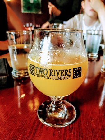 Two Rivers Brewing Co. : photo1.jpg