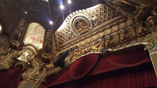 Oriental Theatre : Detailing on front of stage