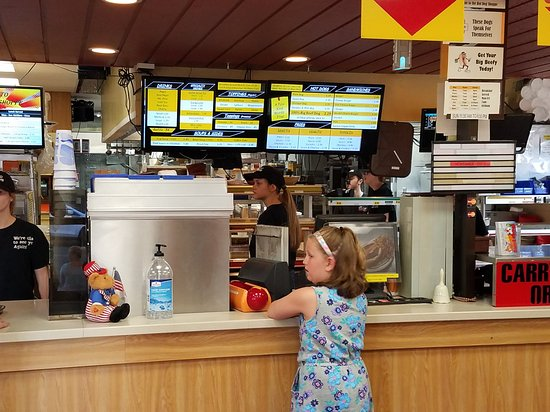 East Liverpool, OH: Hot Dog Shoppe
