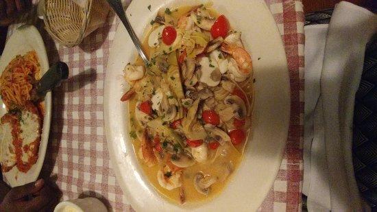 Bettendorf, Αϊόβα: Excellent food!