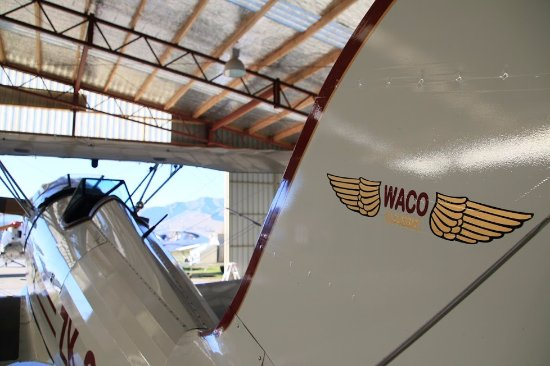 Classic Flights: WACOの機体です