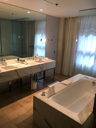 Amazing bathroom! Free-standing bath, separate shower with ceiling ...