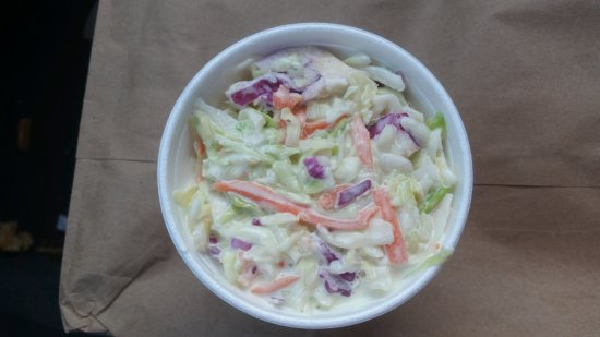 Bloomington, IL: Pulled Chicken, slaw