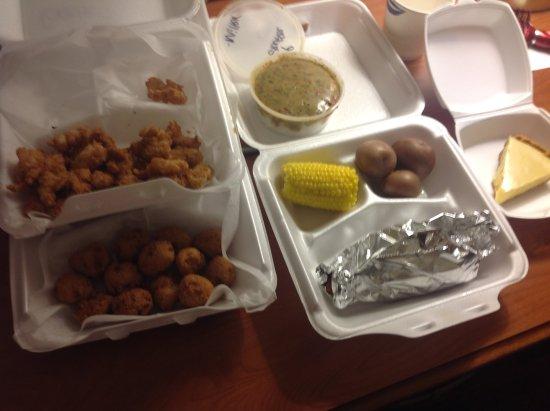 Corinth, MS: Gator basket, grilled jumbo shrimp, etouffe, key lime pie