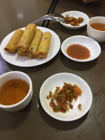 999 Shan Noodle House: photo0.jpg