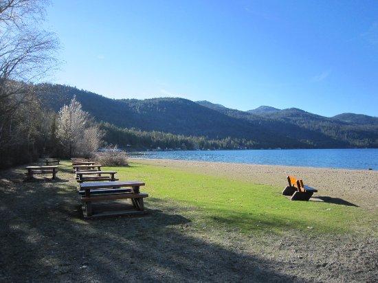 Christina Lake, Canada : Beach area