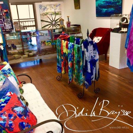 Kuranda, Australia: Inside Didi La Baÿsse Art Studio & Gallery