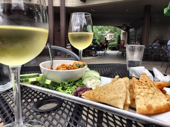 Mariemont, OH: One of my favorites!  Sitting outside when they have live music makes a wonderful dining experie