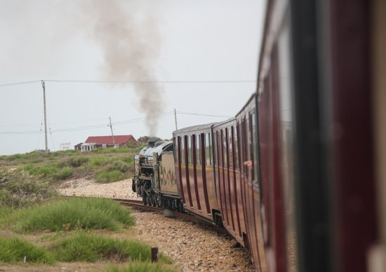Romney, Hythe and Dymchurch Railway: Leaving Dungerness