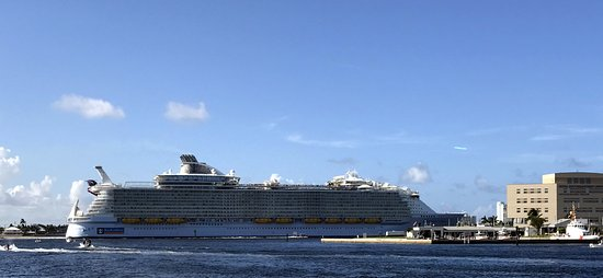 A Royal Caribbean Cruise Ship  Foto Van Port Everglades Fort Lauderdale  T