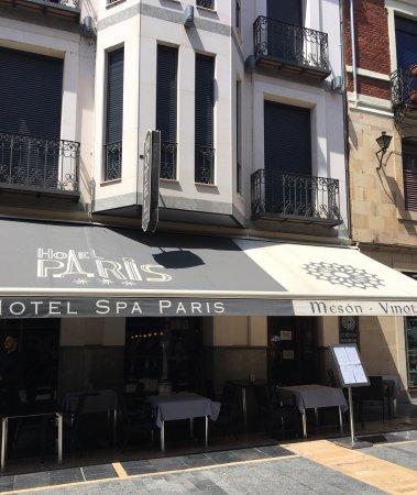 Lagos de Moreno, Mexico: Hotel PARIS 外観
