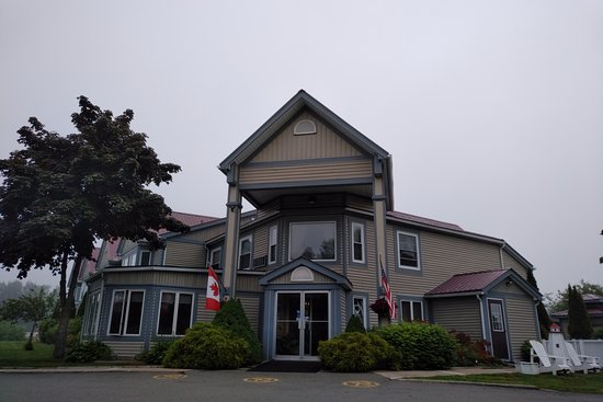 Saint George, Kanada: Granite Town Hotel