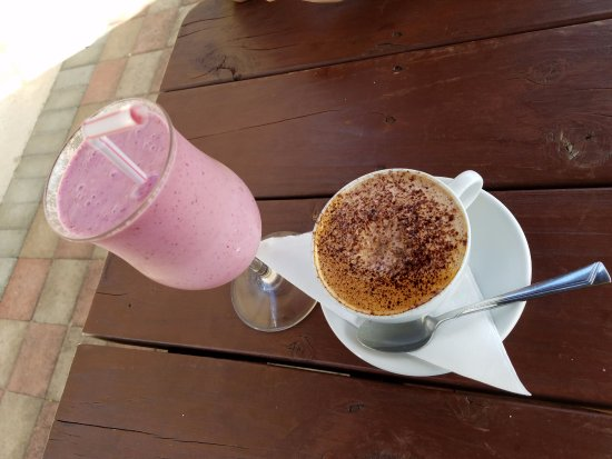The Cafe: Great Smoothies and Coffee