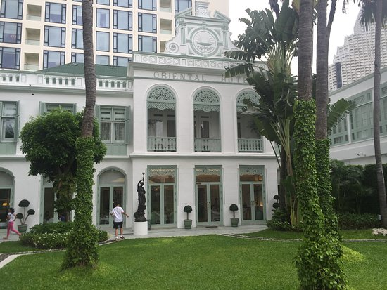 Mandarin Oriental, Bangkok: the old beauty