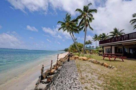 Vaimaanga, Îles Cook : Raro Beach Bach