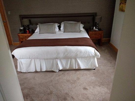 Riverside Cottage Guesthouse: Super King in the Riverside room