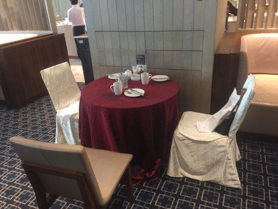 Marriott Cafe Photo0 Dinner Buffet Indulgence Promotion