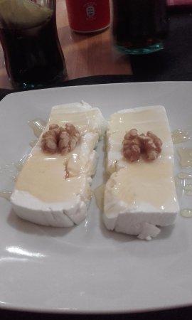 Gósol, España: Mato con miel