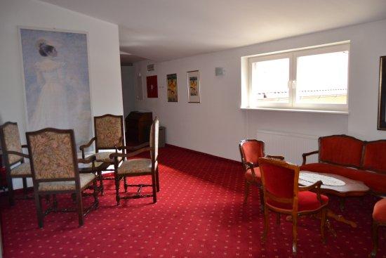 l\'HOTEL e la sua cornice !!! - Foto di Hotel Bagni di Salomone ...