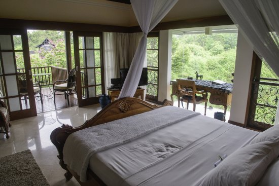 Amori Villas: valleyview suite
