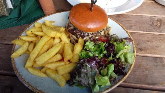 Sway, UK: blue cheese burger meal