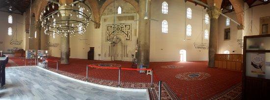 Isa Bey Mosque: İç mekandan bir kare