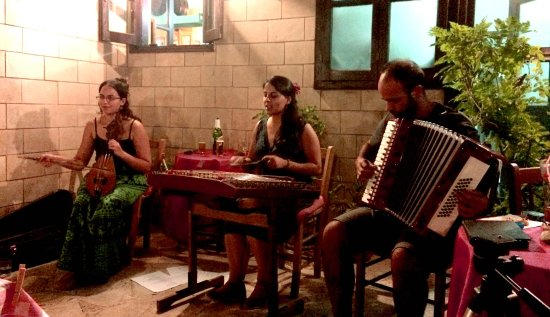 Live music - traditional Greek songs  - Picture of Imogen's Inn