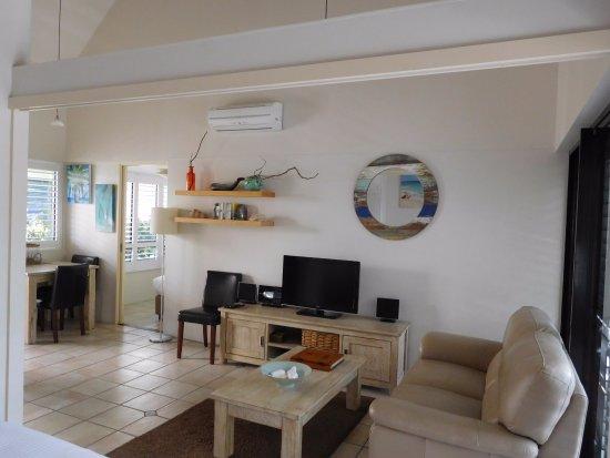 Julians Apartments Photo