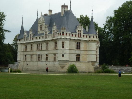 Азе-ле-Ридо, Франция: The Chateau at Assay le Rideau