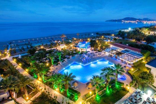 Schones Hotel Frisch Renoviert Pegasos Deluxe Beach Hotel