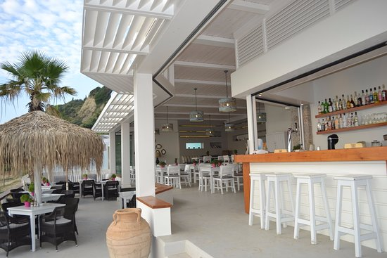 Delfino Blu Boutique Hotel: Beach Bar