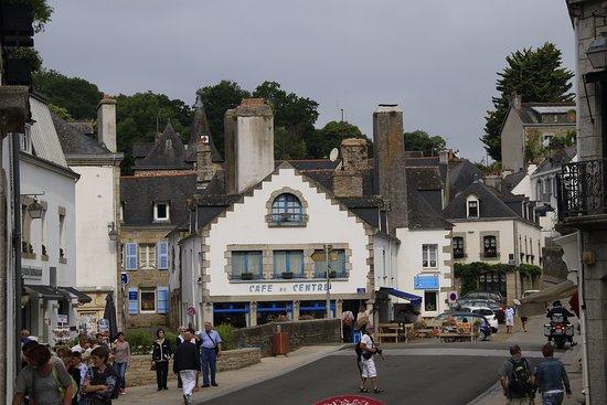 le petit centre bourg - photo de centre historique de pont-aven