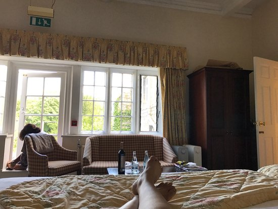 Monk Fryston, UK: Room 25 nice cheerful room with good view. The nice thing is to have a fire exit that also works