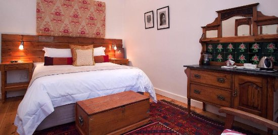 22 Die Laan Self-Catering Accommodation: Standard Room overlooking the Eerste River