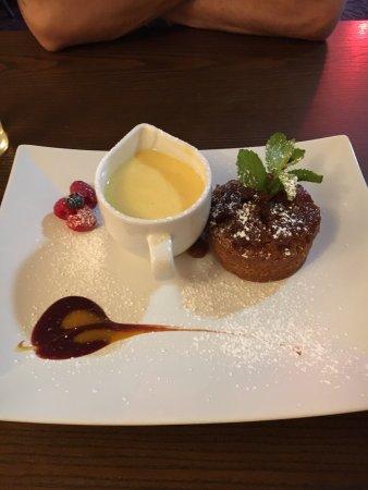 Barlborough, UK: Sticky toffee pudding....perfect!
