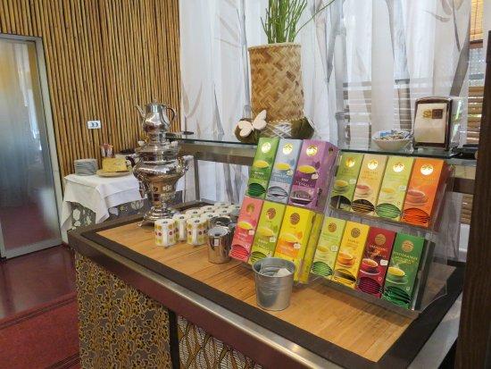 Bamboo Activ Resort: grosse Teeauswahl auch ist eine tolle Kaffemaschine dort.