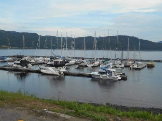 L'Anse-Saint-Jean, Canada: The boat dock at the wharf
