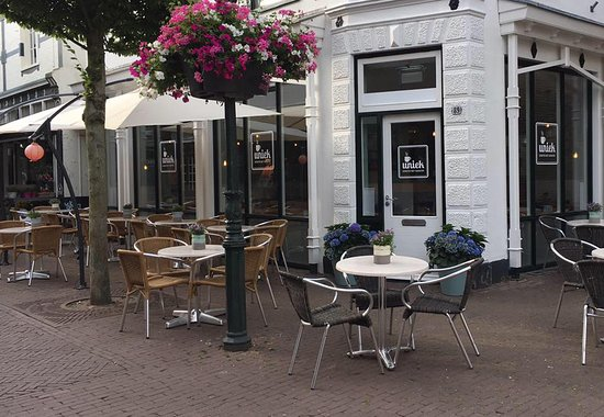 Baarn, هولندا: Kom genieten op ons gezellige terras.