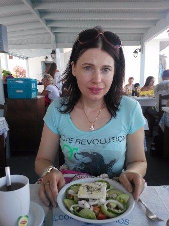 Captain's House: Греческий салат невкусный