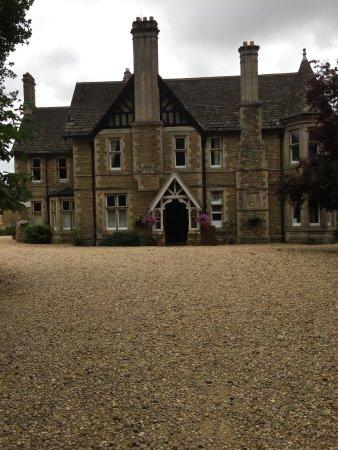 Wing Hall Estate Bild