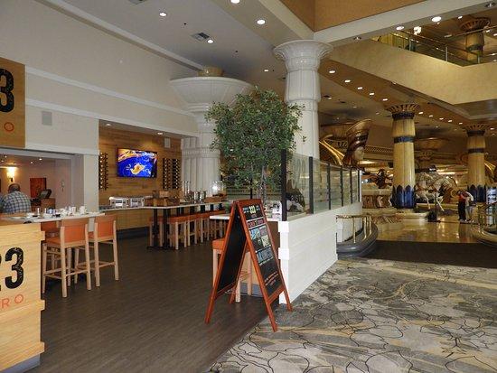 Potret Crowne Plaza Los Angeles - Commerce Casino