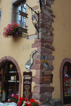 Gueberschwihr, Francja: Super-Geschäft für Gänseleber